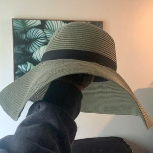 Aritzia main character floppy hat new!